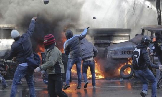 Ξεφτίλα των media η απουσία έλληνα δημοσιογράφου από το Κίεβο