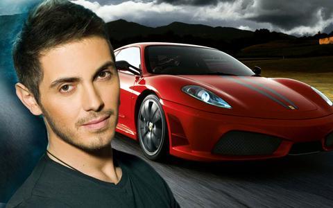 Για μια Ferrari στο αυτόφωρο ο Μιχάλης Χατζηγιάννης