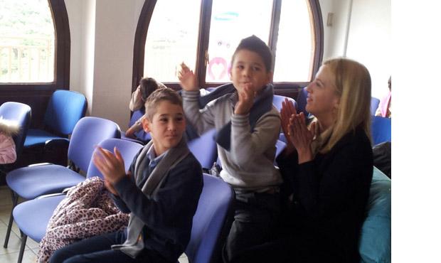 Επίσκεψη της Δούρου στο Παιδικό Χωριό SOS της Βάρης