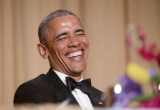Χιούμορ και «καρφιά» Ομπάμα στο δείπνο ανταποκριτών