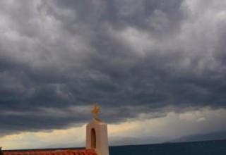 Αλλάζει το σκηνικό του καιρού με βροχές και συννεφιές