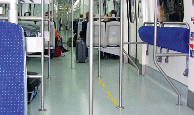Μπαίνουν κάμερες στα βαγόνια του μετρό